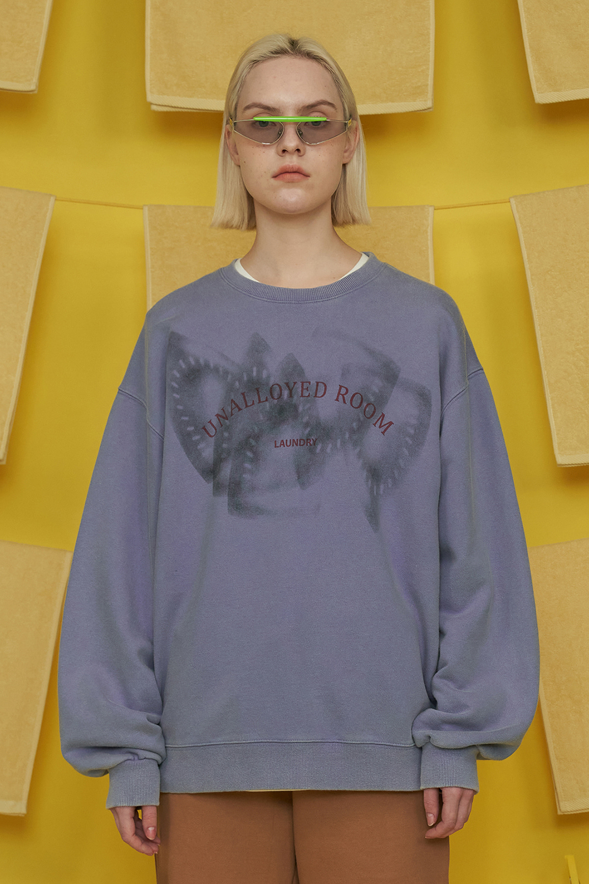 IRON MARK SWEATSHIRT / BLUE