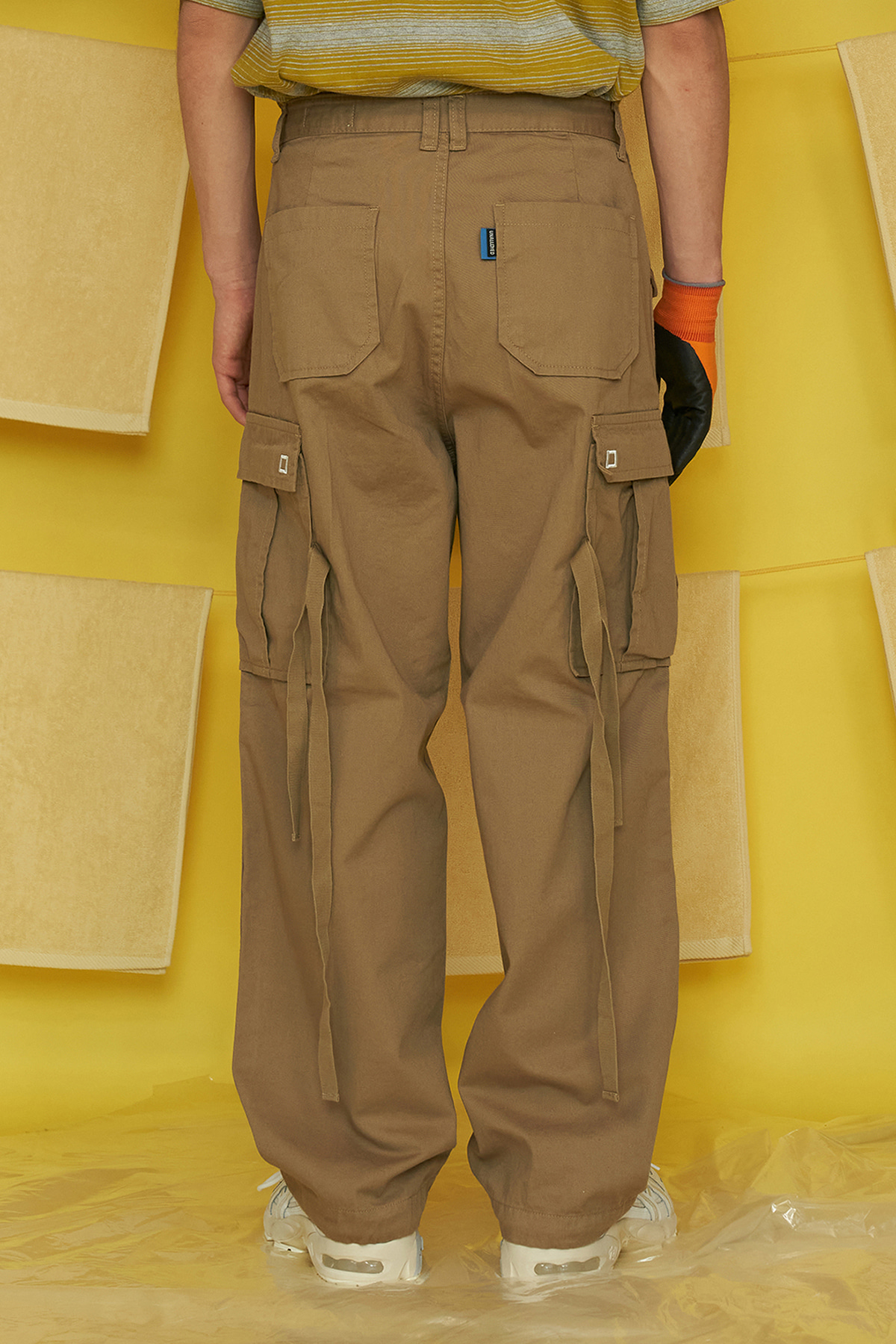 COTTON CARGO PANTS / BEIGE