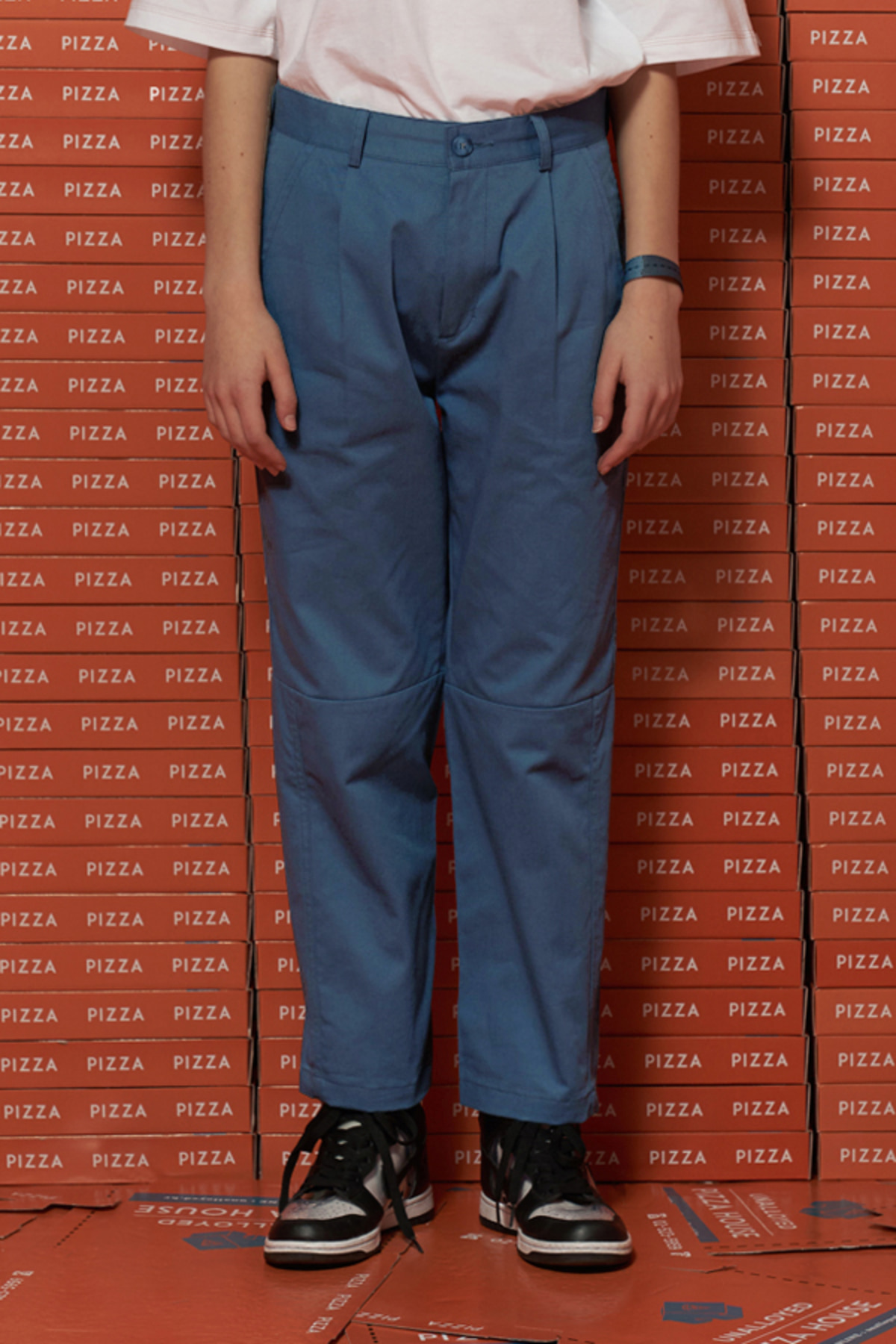 HALF CUTTING CROP PANTS / BLUE