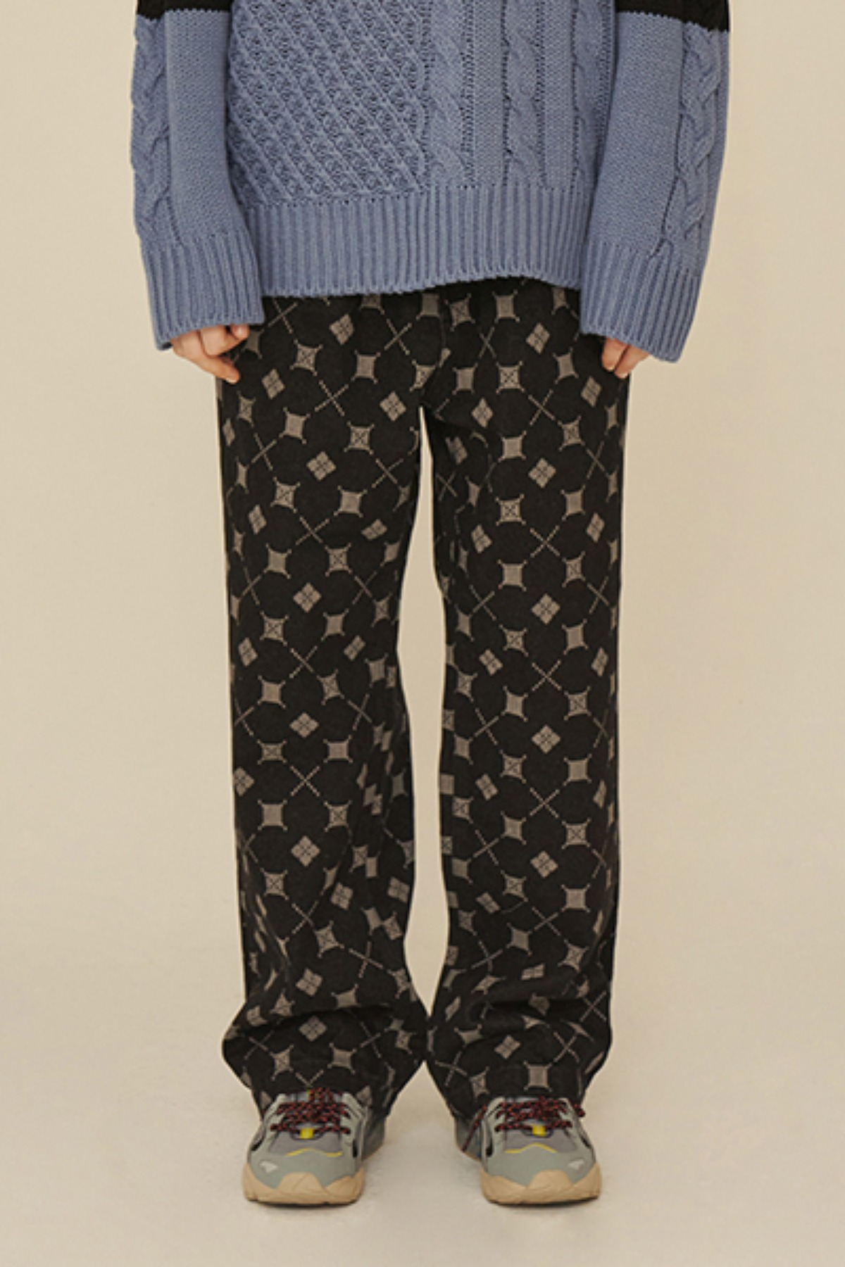 ARGYLE DENIM PANTS / BLACK