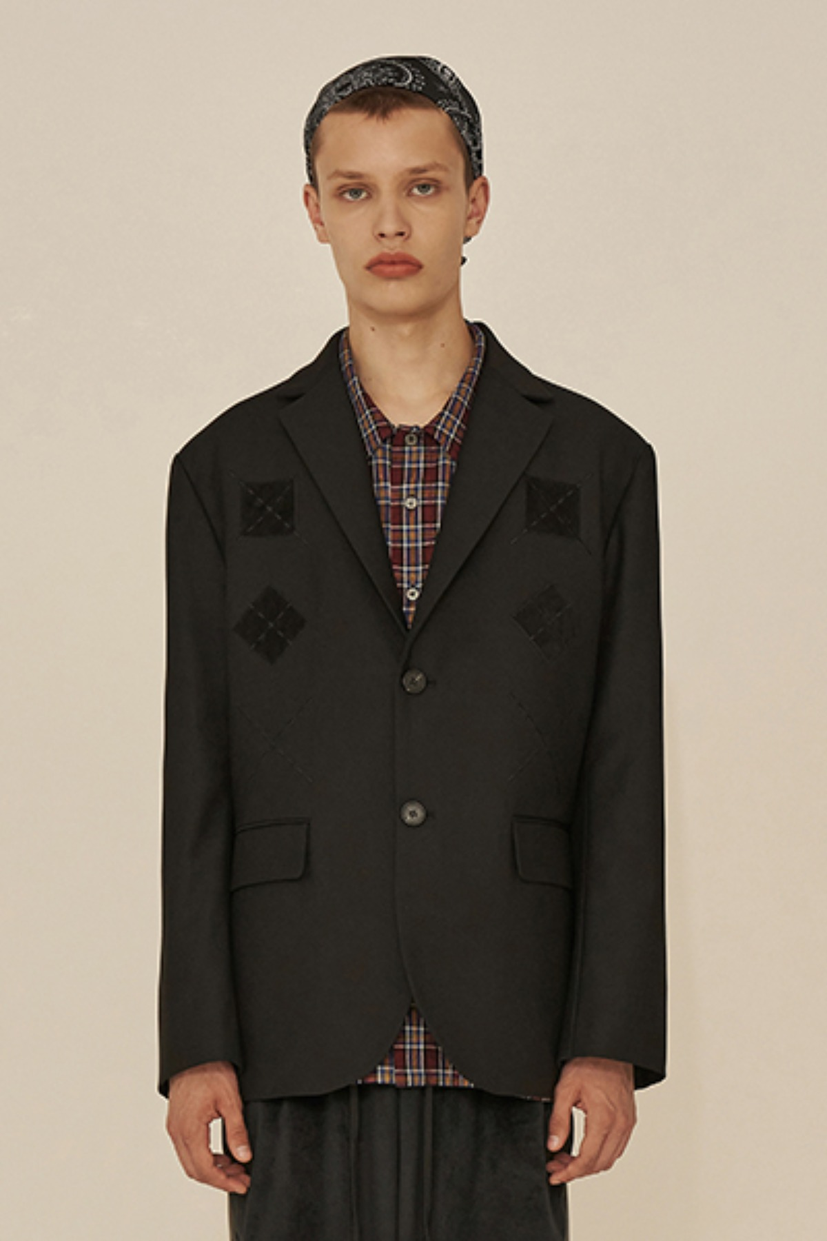 ARGYLE POINT JACKET / BLACK